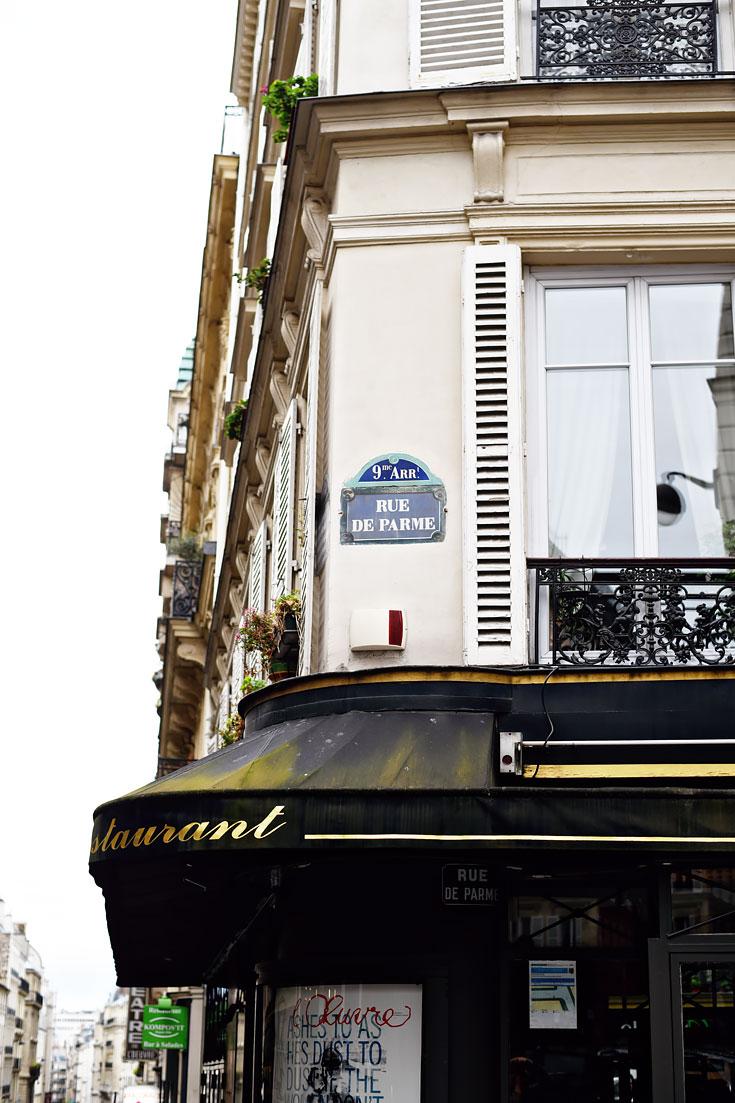 My boutique hotel in paris with hotel tonight urban pixxels for Rue de parme