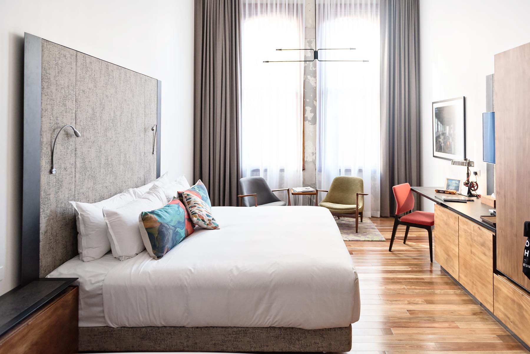 Tricks To Turn Your Bedroom Into Your Favourite Boutique Hotel - Design my bedroom like a hotel room