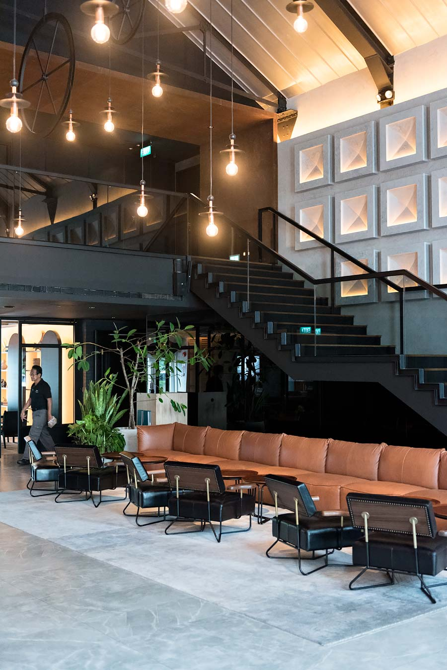 The warehouse hotel review industrial chic in singapore for Design hotel singapore
