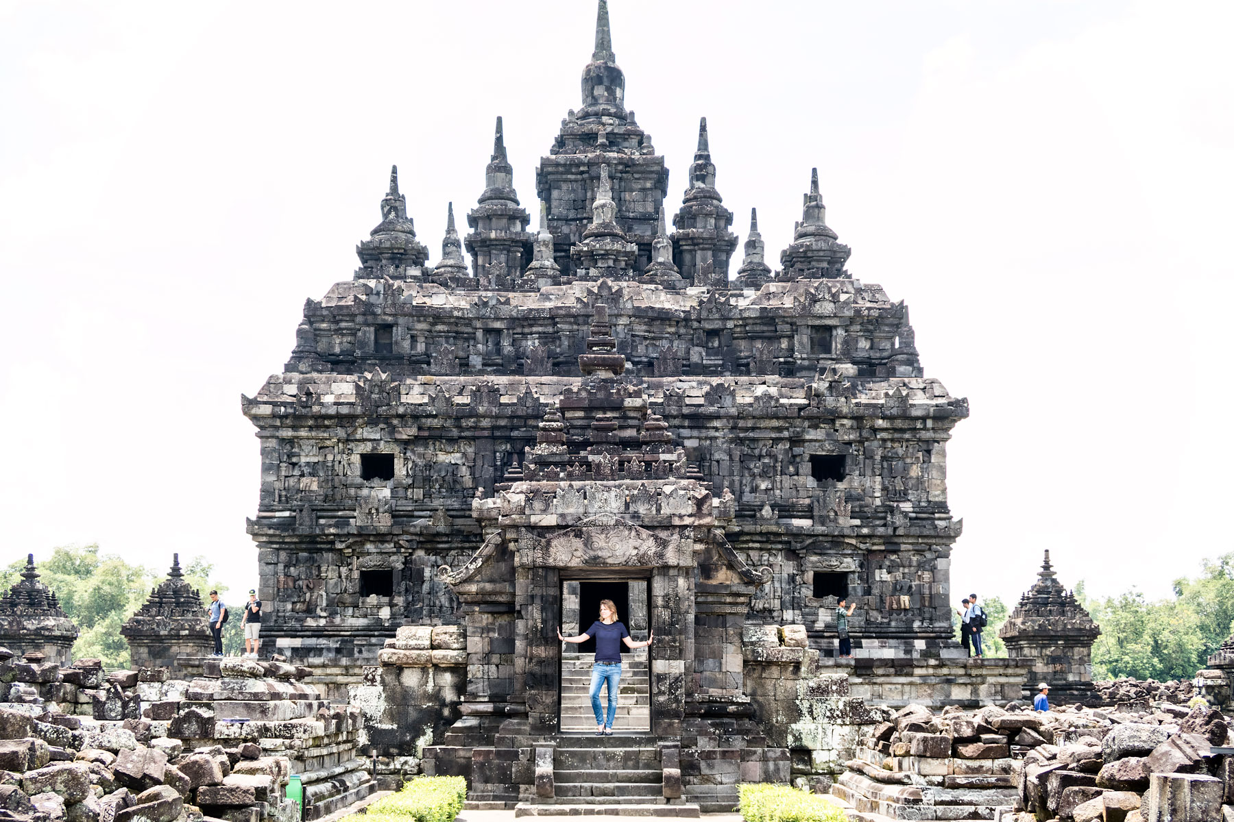 8 interesting things to do see in yogyakarta indonesia urban 8 interesting things to do and see in yogyakarta twin temples stopboris Gallery