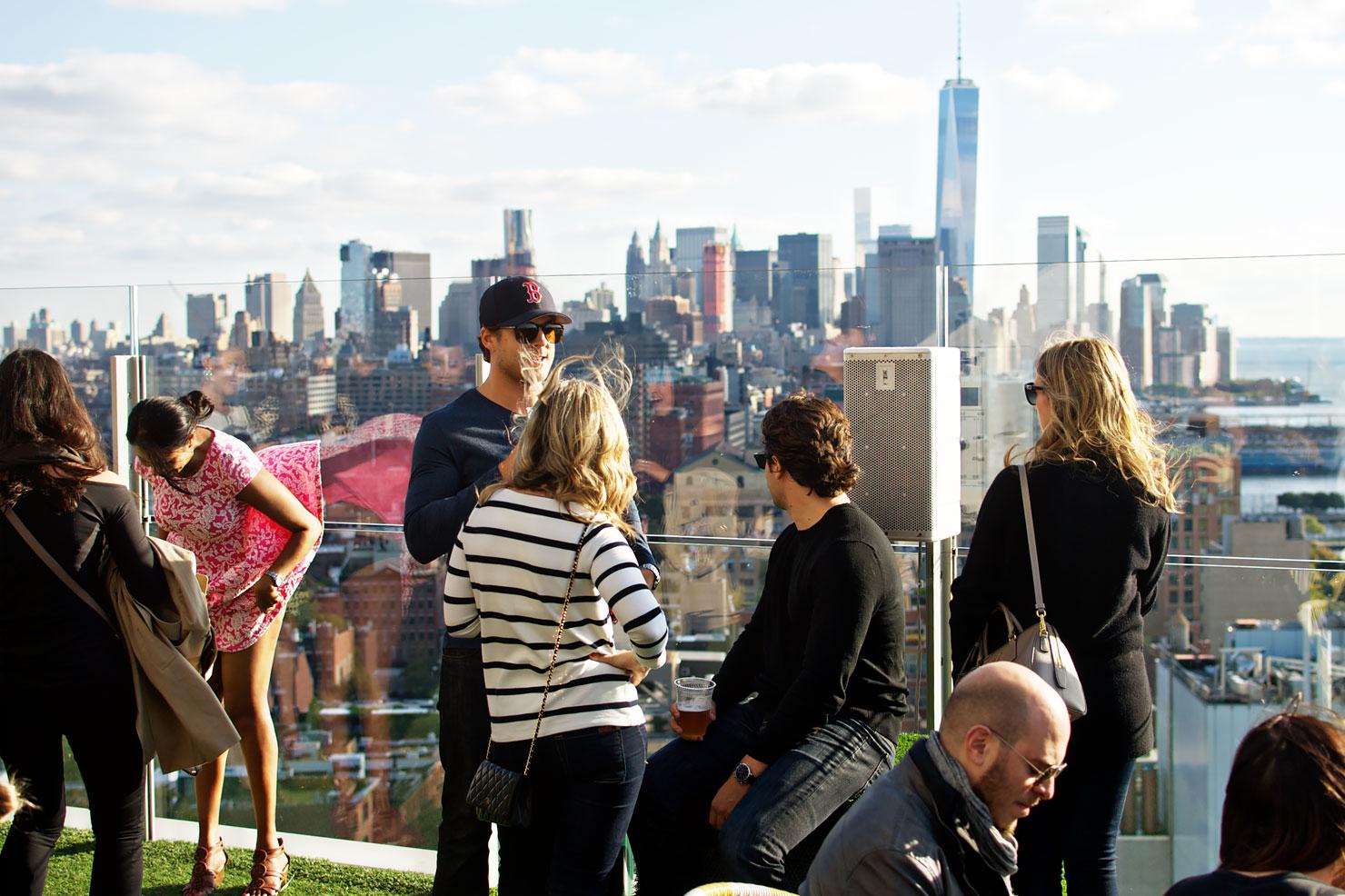 The standard hotel new york review urban pixxels for Bain new york